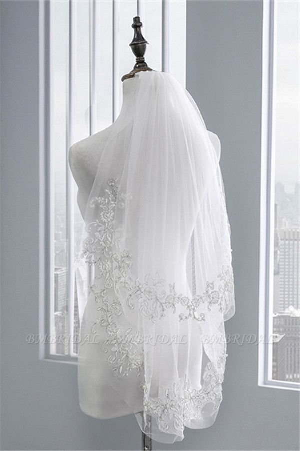 Floral Pretty Tulle Lace Cut Edge Wedding Veil with Appliques Sequined