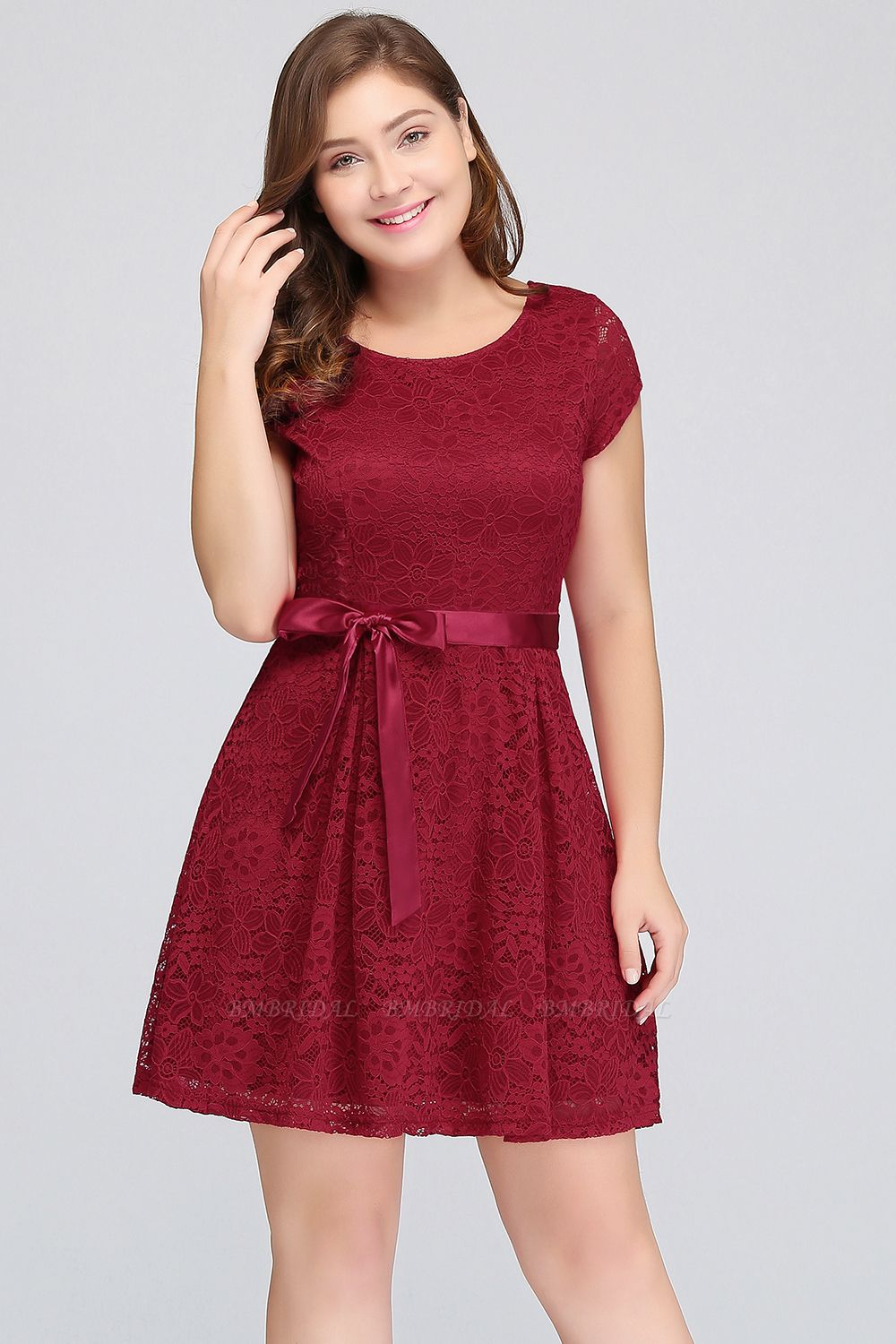Plus Size A-Line Jewel Burgundy Lace Bridesmaid dress with Short Sleeves