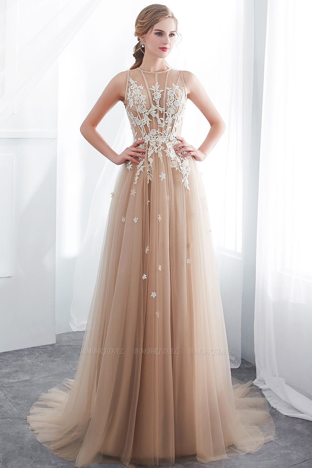 Elegant Sleeveless Tulle Prom Dress Long Evening Gowns With Appliques