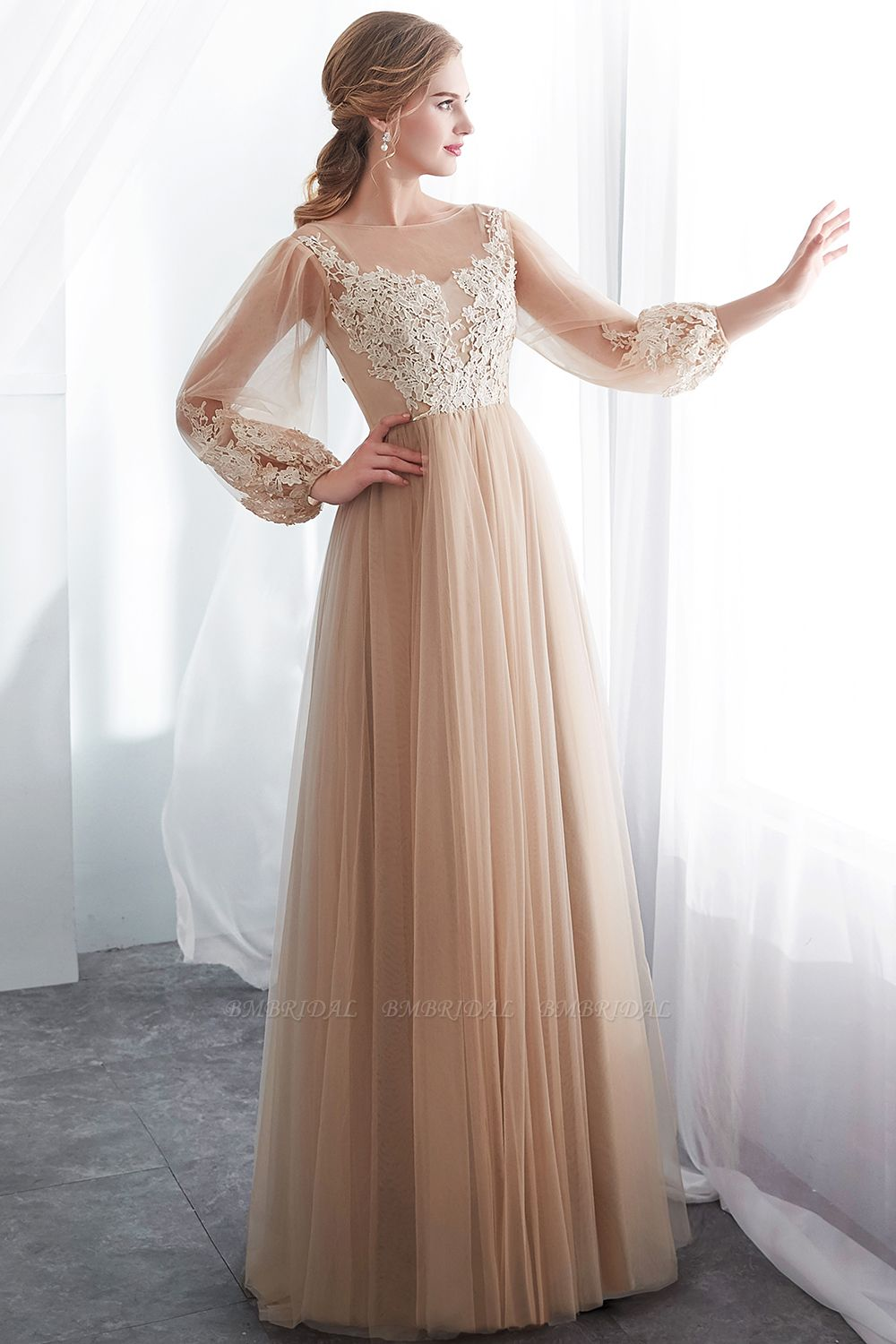 BMbridal Gorgeous Long Sleeve Tulle Prom Dress Long Evening Party Gowns With Appliques