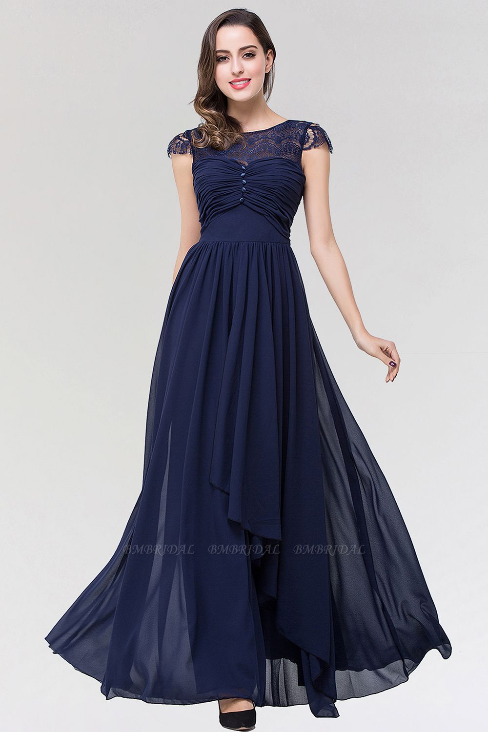 Elegant Lace Scoop Sleeveless Navy Bridesmaid Dress with Buttons