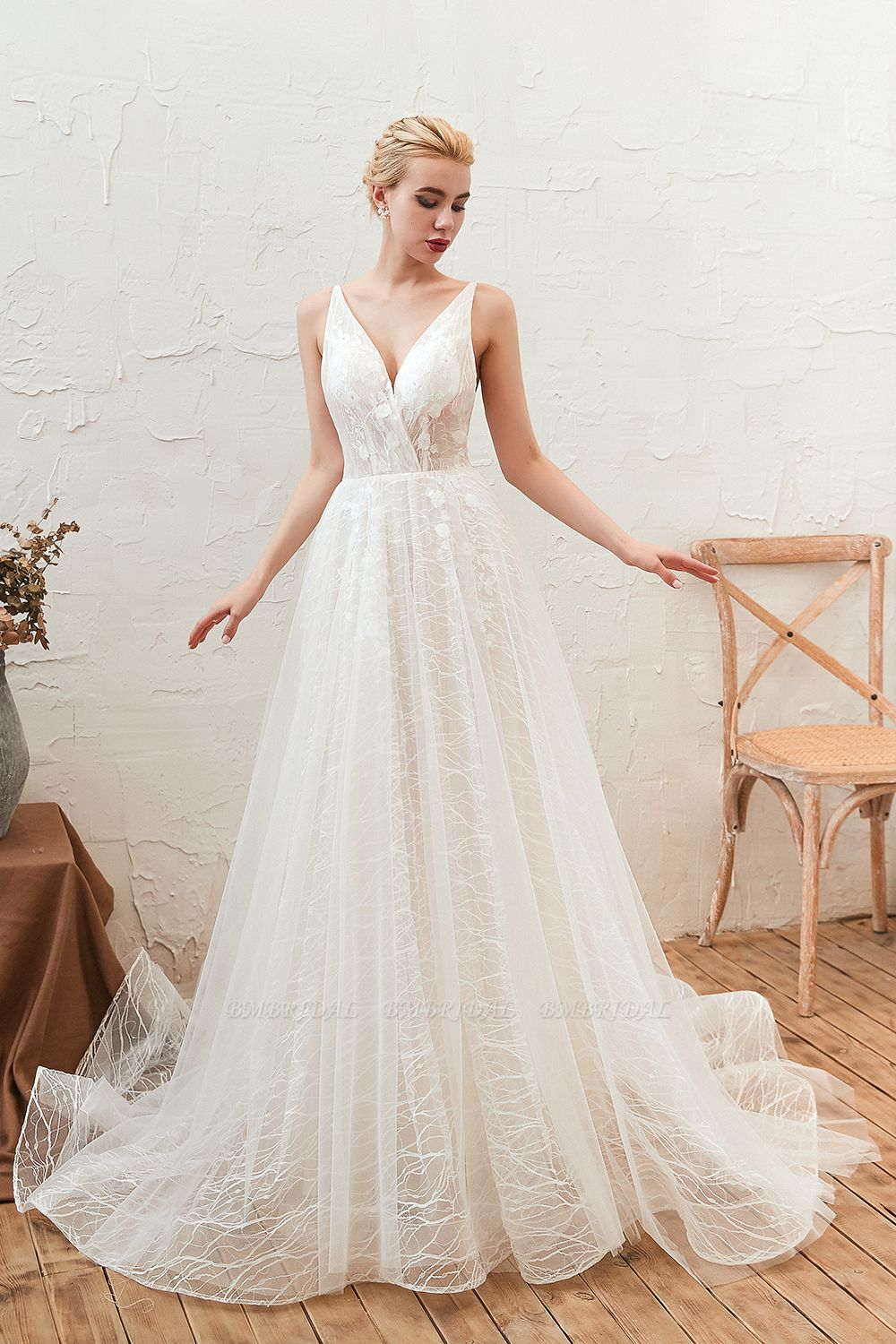Affordable Tulle V-Neck Long Wedding Dress Online with Appliques