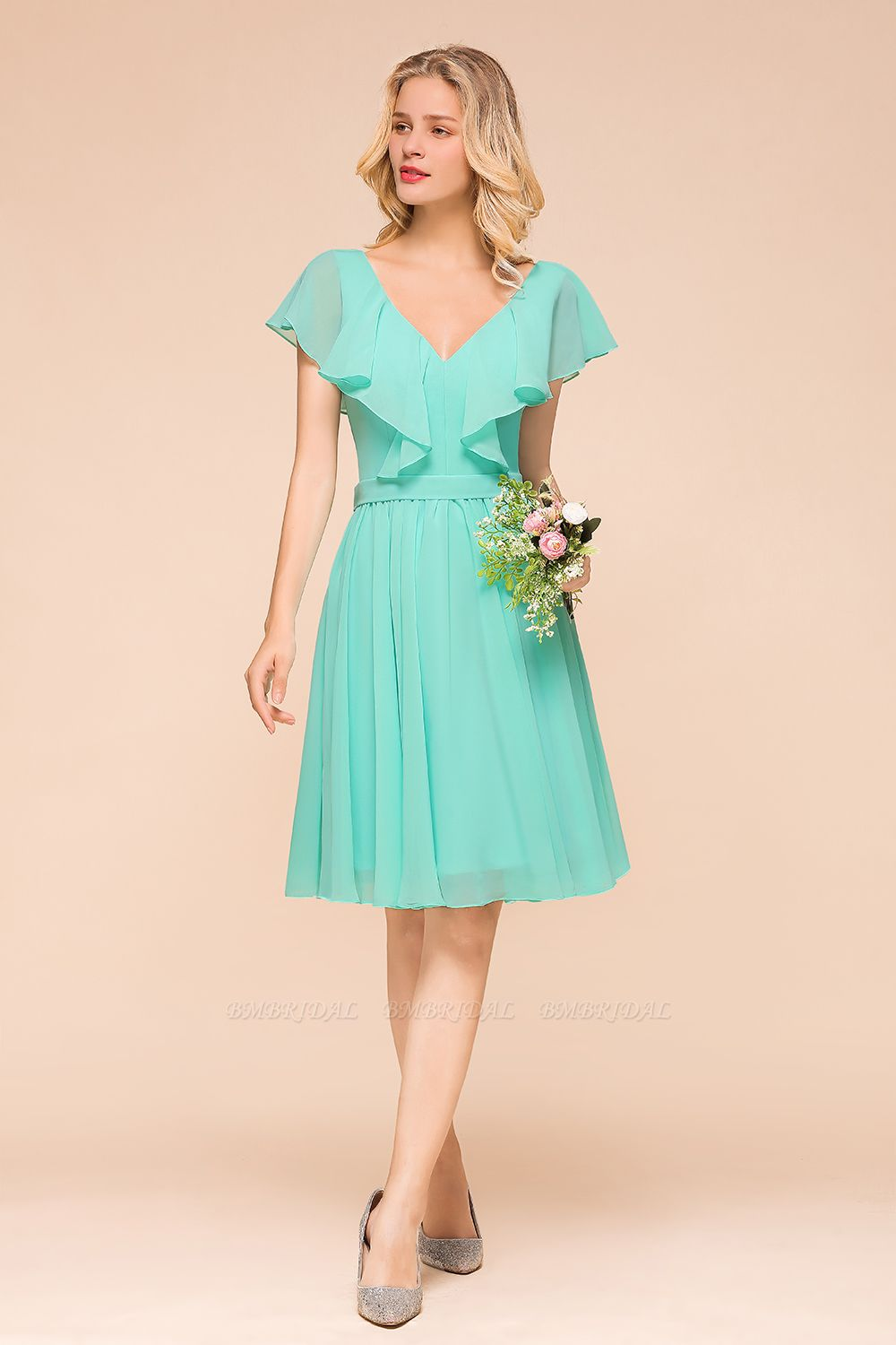 Chic V-Neck Ruffle Chiffon Short Affordable Bridesmaid Dresses Online