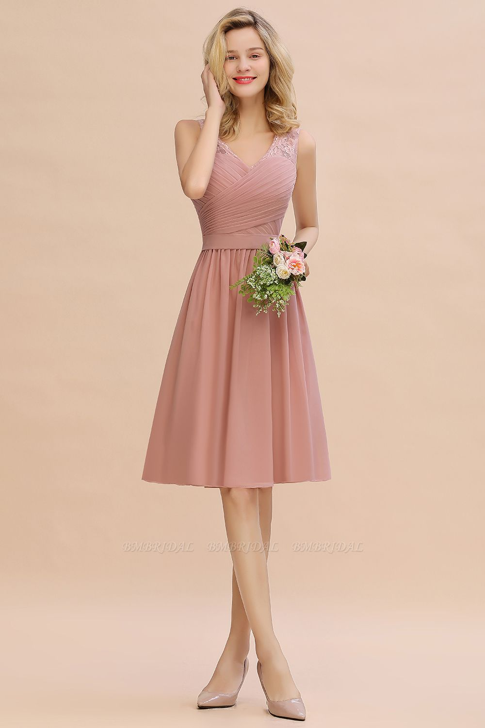 Affordable V-Neck Sleeveless Ruffles Short Lace Bridesmaid dresses Online