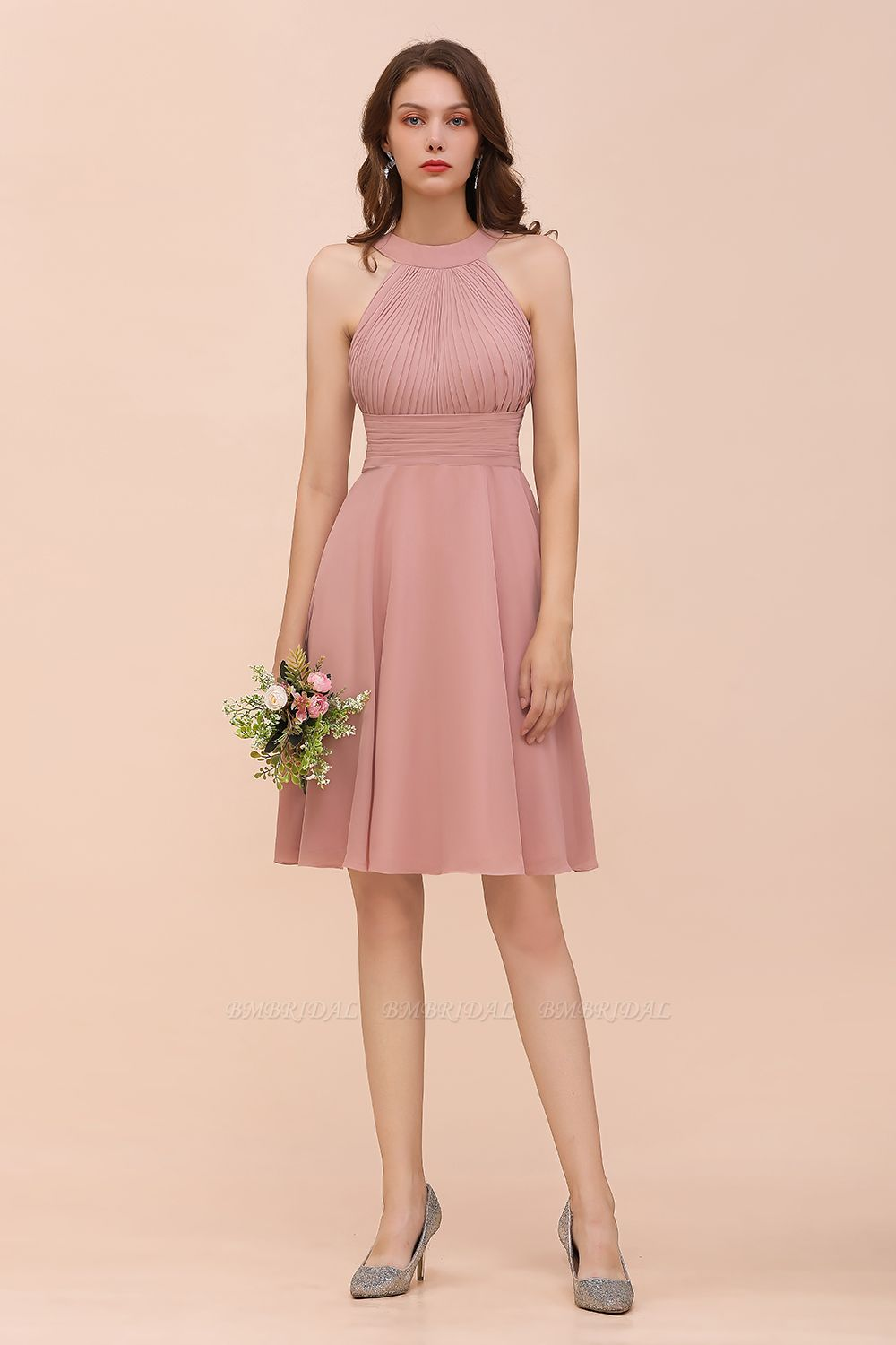 Affordable Dusty Pink Round Neck Ruffle Short Bridesmaid Dresses Online
