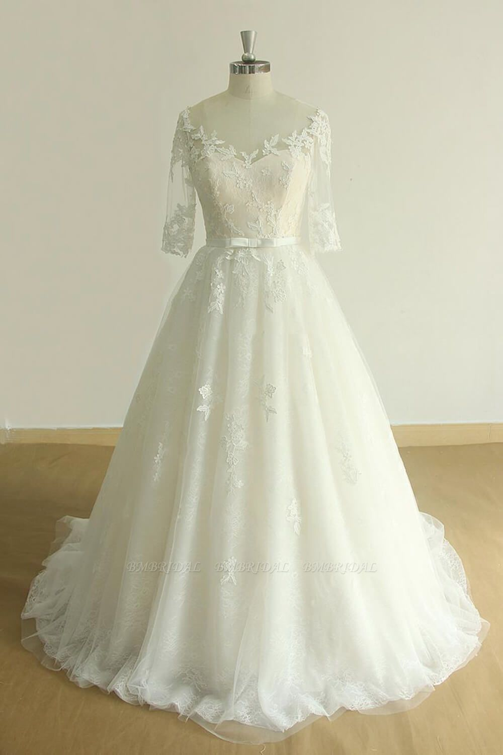 BMbridal Unique Halfsleeves Lace Tulle Wedding Dress A-line White Appliques Bridal Gowns On Sale