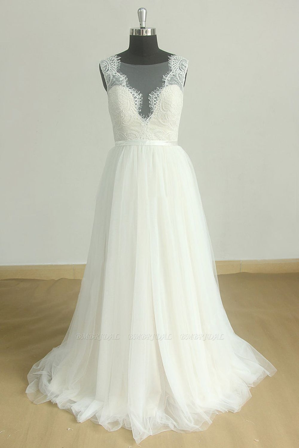 BMbridal Affordable Jewel Sleeveless Tulle Wedding Dress Appliques Ruffles White Bridal Gowns On Sale