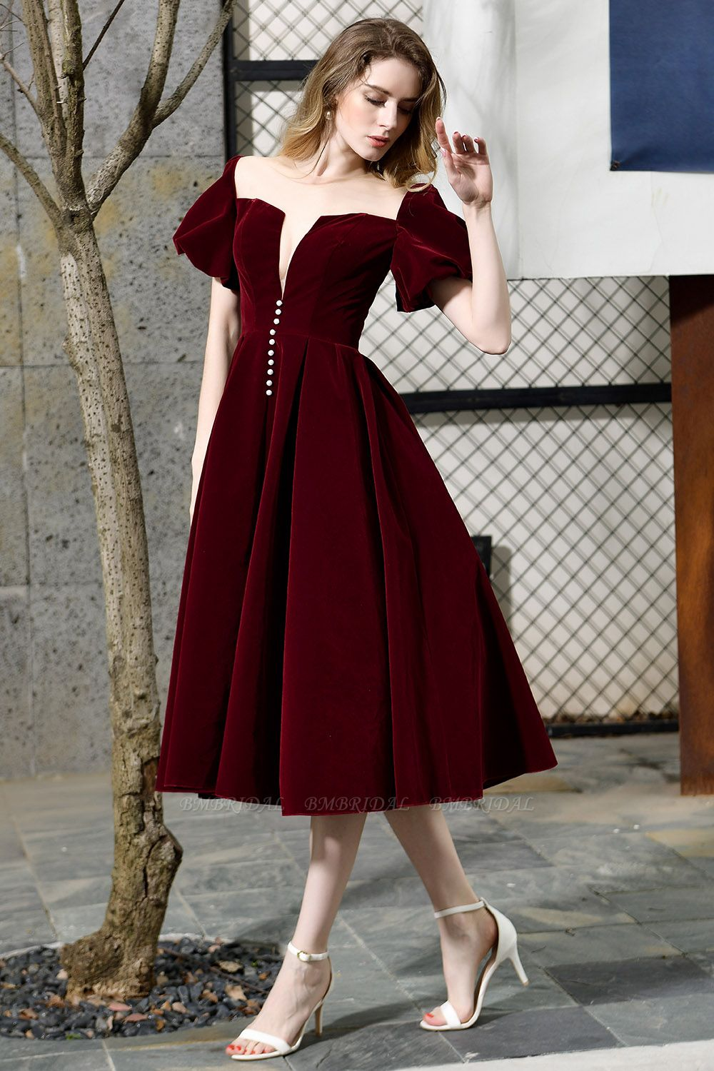 Vintage Bugrundy Short Sleeve Prom Dress Tea-Length Party Gowns With Lace-up