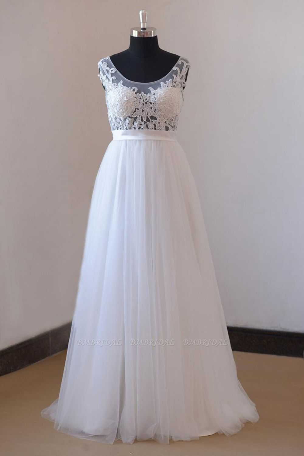 BMbridal Gorgeous Jewel Appliques Sleeveless Wedding Dress Tulle Ruffles White Bridal Gowns On Sale