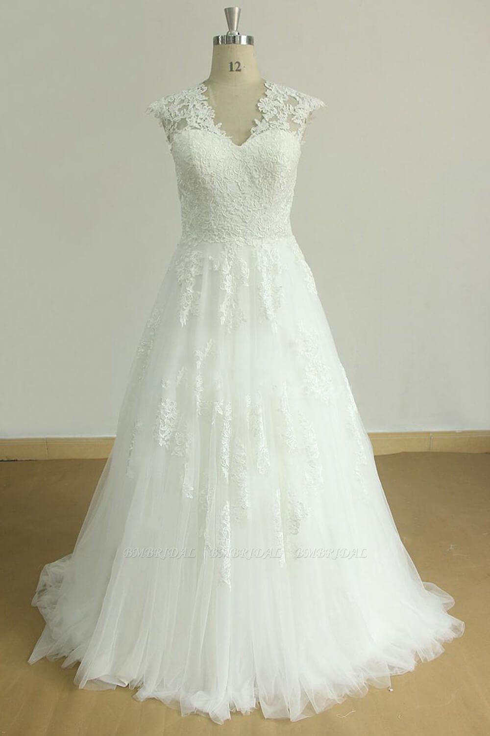 Glamorous Sleeveless Appliques Tulle Wedding Dresses A-line Lace Straps Bridal Gowns On Sale