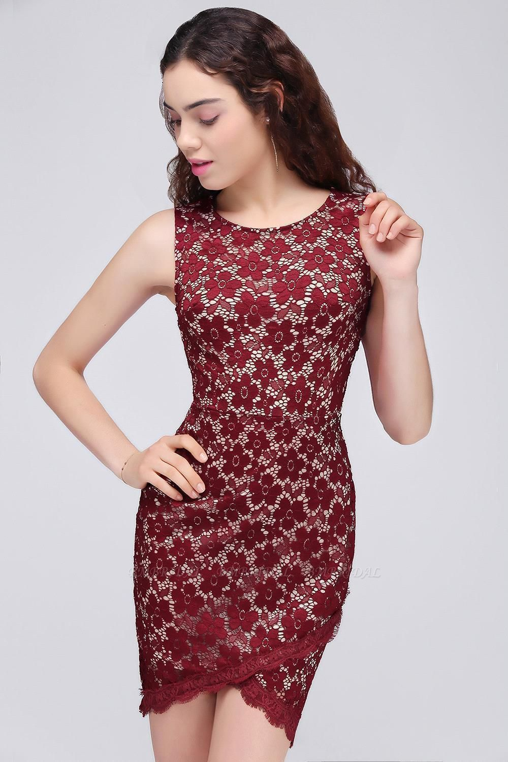 BMbridal Bodycon Round Neck Short Lace Burgundy Homecoming Dress