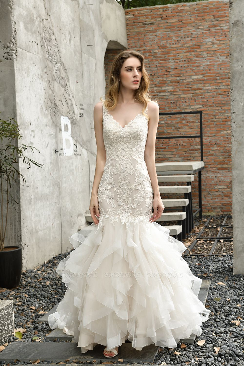BMbridal Gorgeous Mermaid Tulle Appliques Ivory Wedding Dress