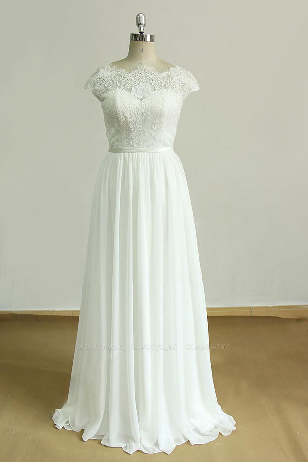 Gorgeous Appliques Chiffon Wedding Dress White Shortsleeves A-line Bridal Gowns On Sale