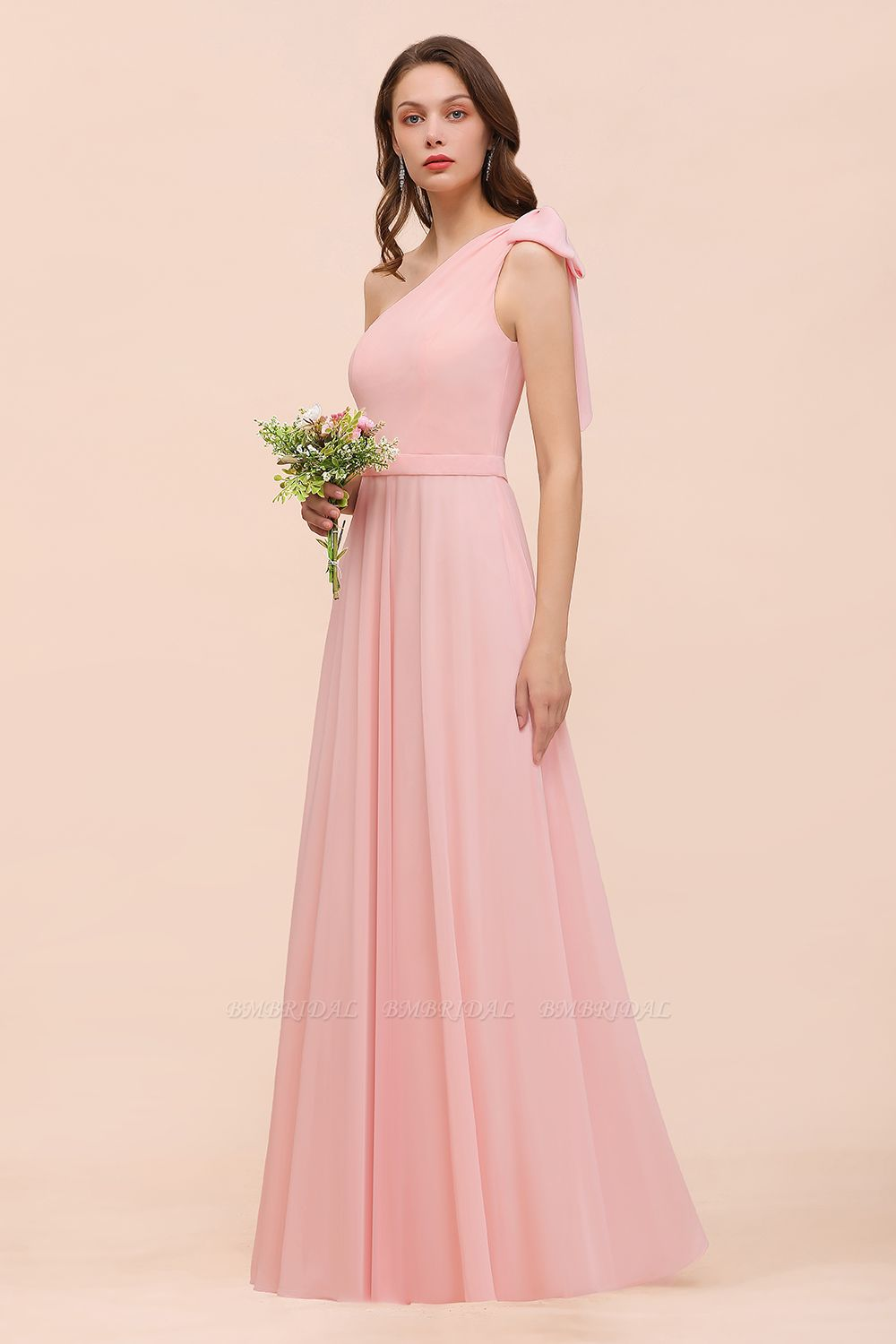 Chic One Shoulder Sleeveless Pink Chiffon Bridesmaid Dress with Bow