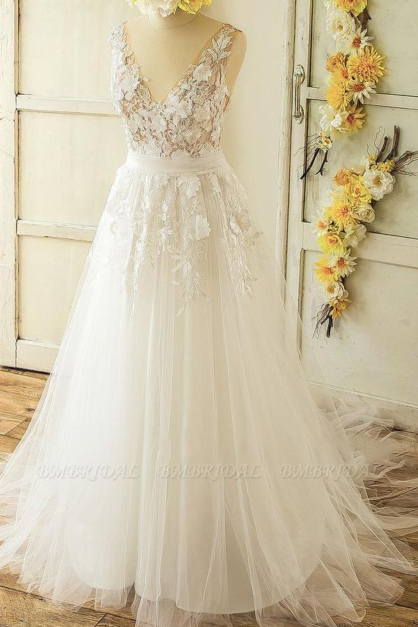 Glamorous Straps Appliques A-line Wedding Dresses White Tulle Bridal Gowns On Sale