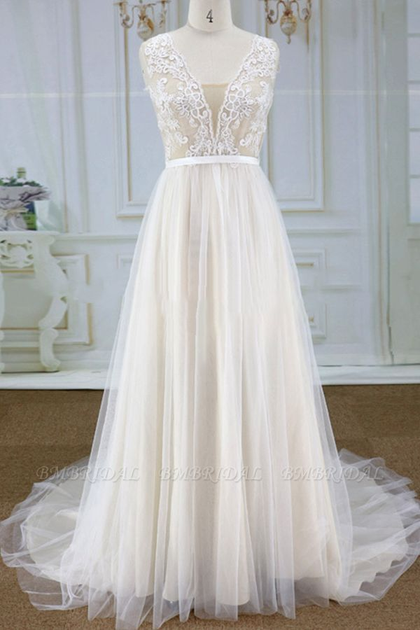 Chic V-neck Straps Sleeveless Wedding Dresses A-line Tulle Ruffles Bridal Champagne Gowns On Sale