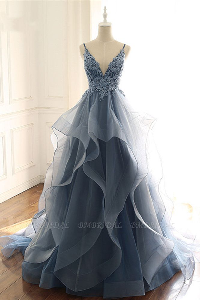 Chic Tulle Spaghetti Straps V-Neck Prom Dresses with Appliques Online