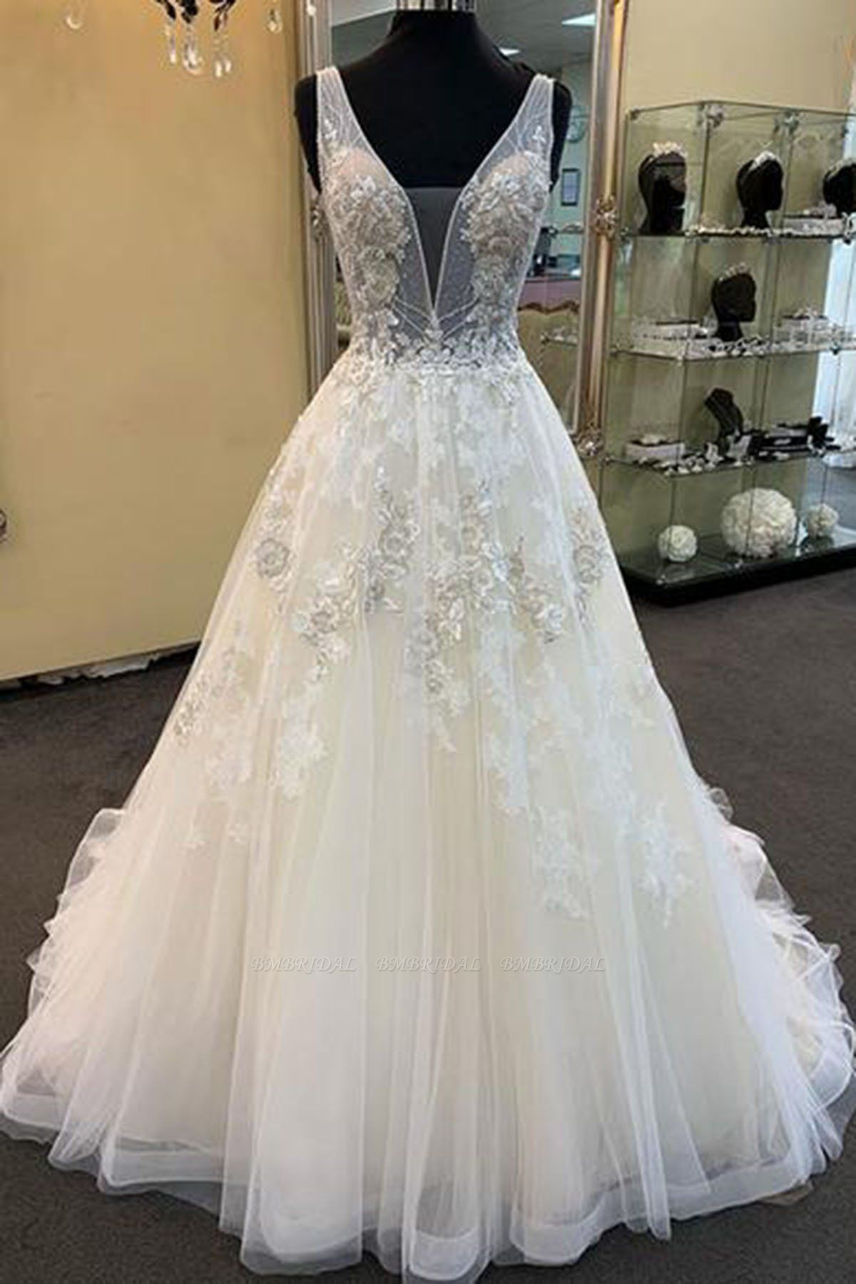 Glamorous Unique White Tulle V-Neck Wedding Dress Long Beaded Lace Bridal Gowns On Sale