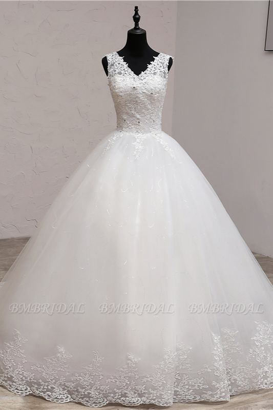 BMbridal Ball Gown V-Neck White Tulle Wedding Dresses Sleeveless Lace Appliques Bridal Gowns with Beadings