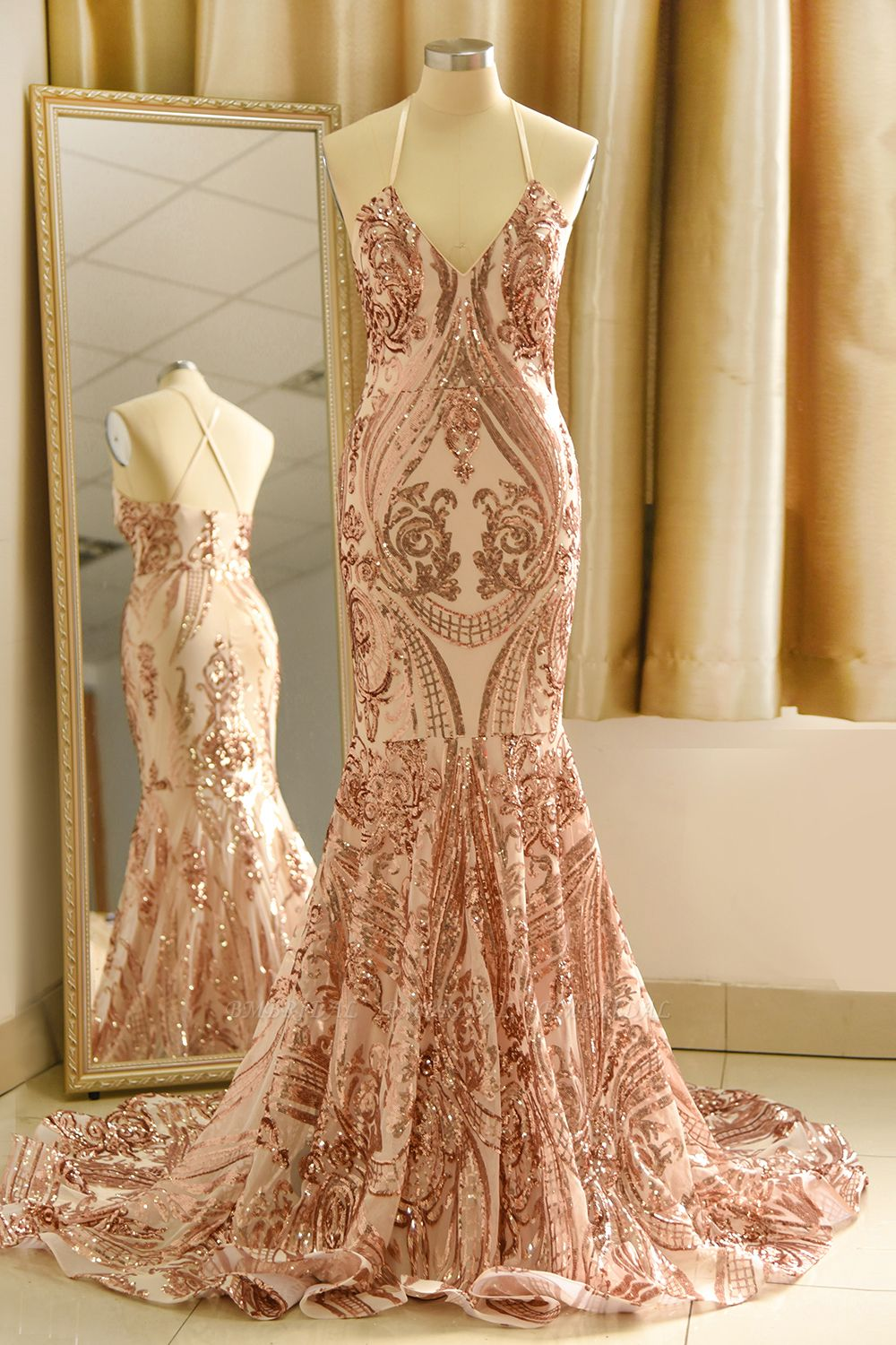 Sexy V-Neck Rose Gold Prom Dress Mermaid Long Sequins Evening Party Gowns