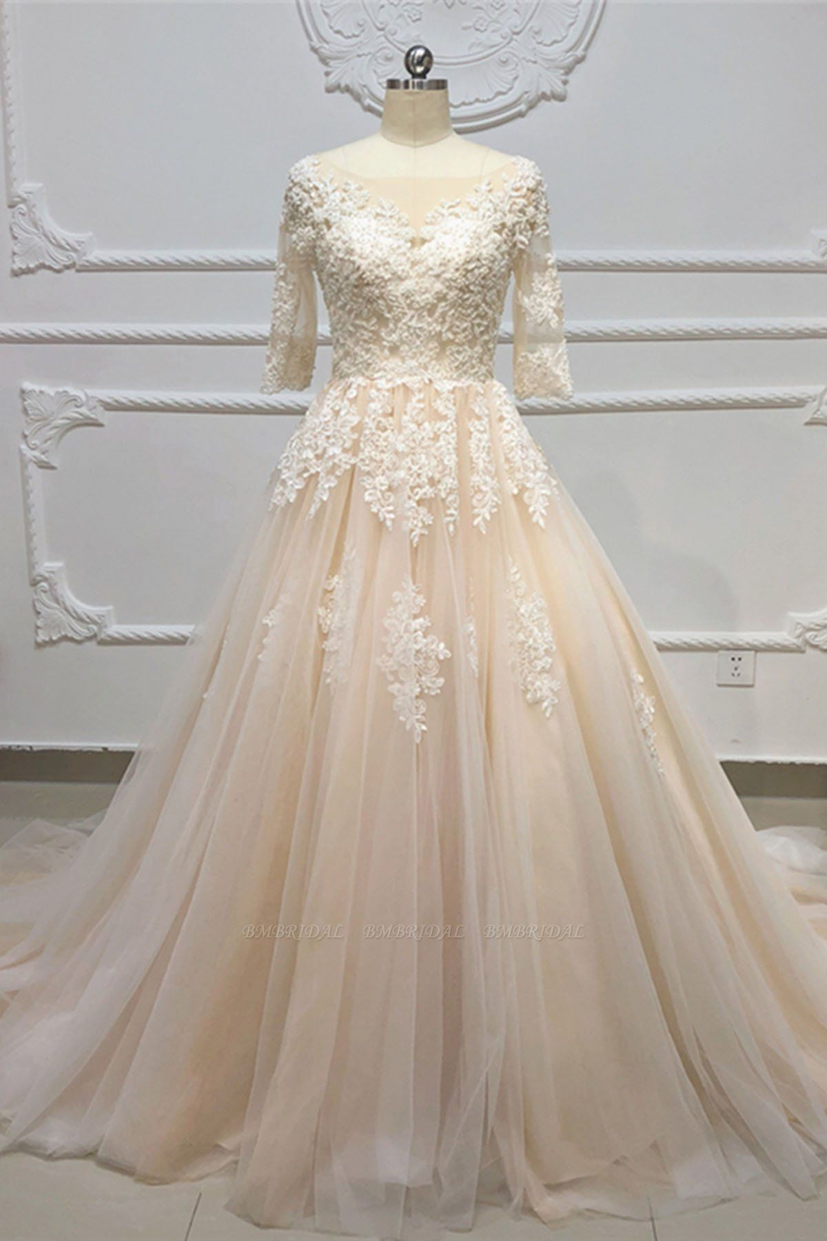 Gorgeous Champagne Tulle Half Sleeve Long Wedding Dress White Lace Applique Bridal Gowns On Sale
