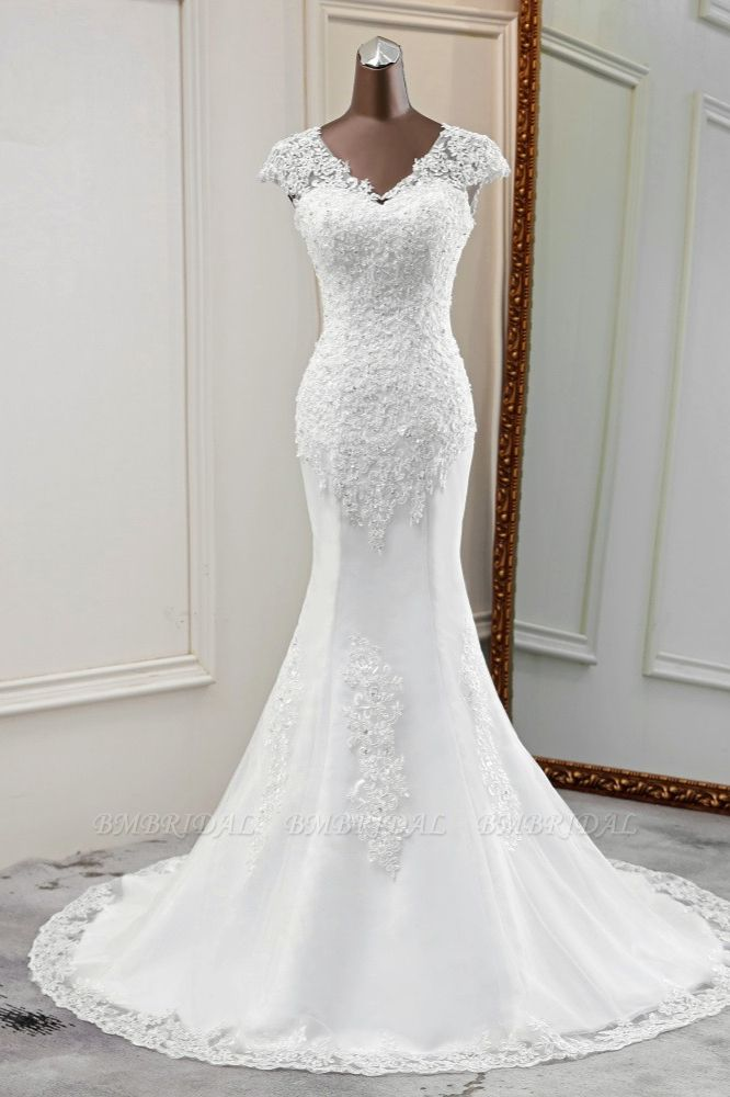 Luxury V-Neck Sleeveless White Lace Mermaid Wedding Dresses with Appliques
