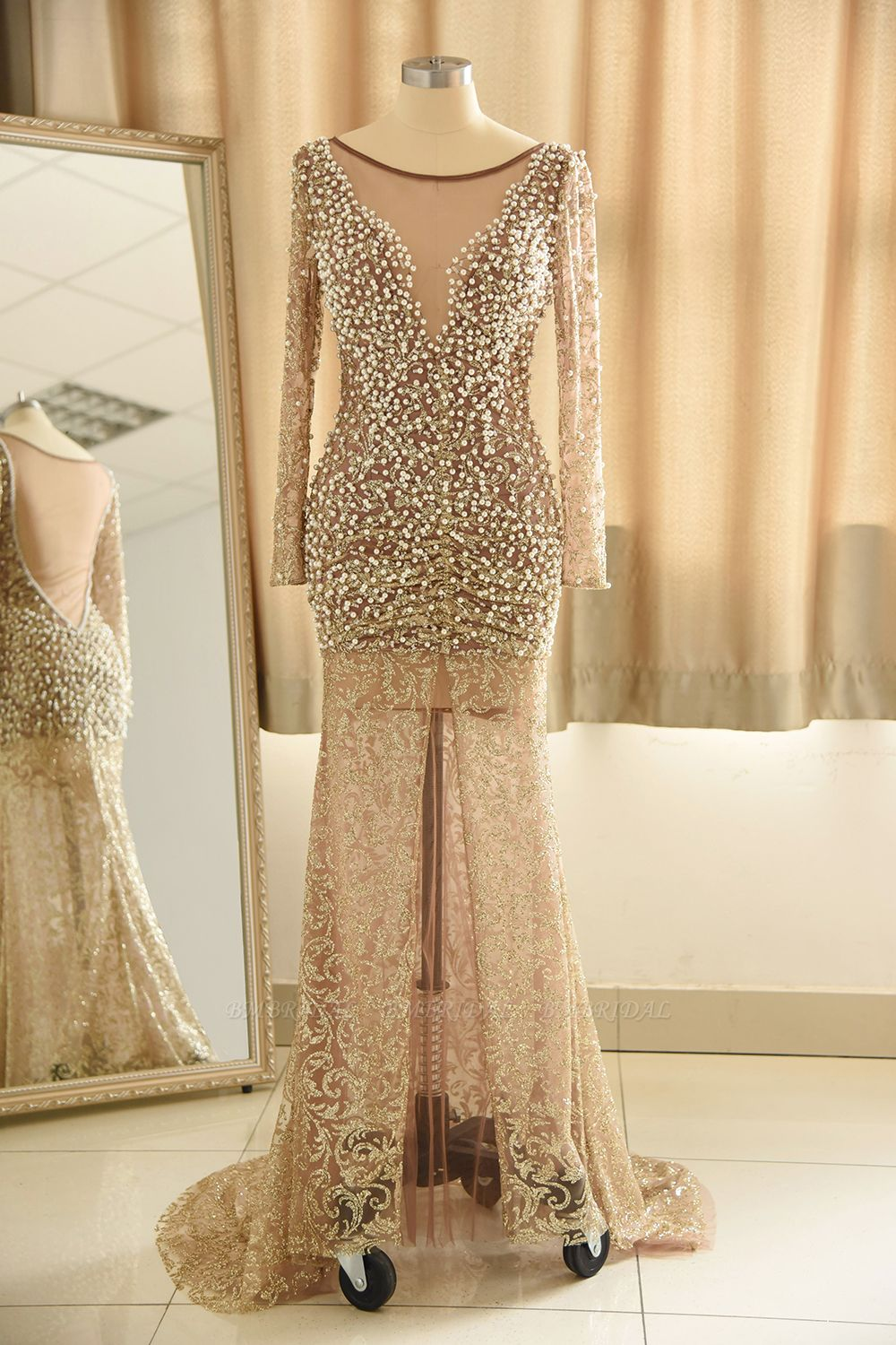 Glamorous Jewel Lace Front Slit Prom Dresses Long Sleeves Appliques Formal Dresses with Pearls