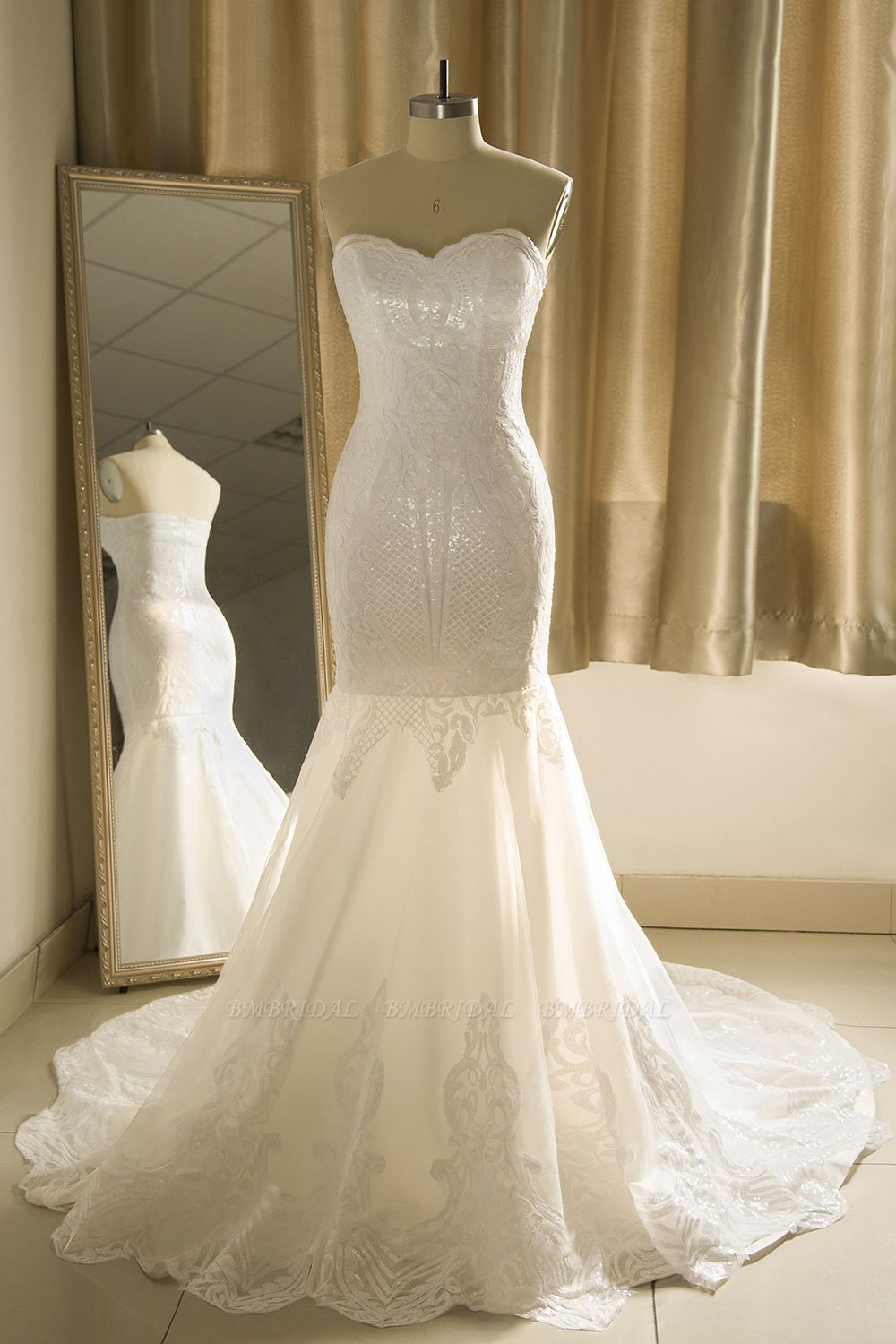 Chic Strapless Sweetheart Ivory Mermaid Prom Dresses Sleeveless Appliques Sequined Evening Dresses On Sale