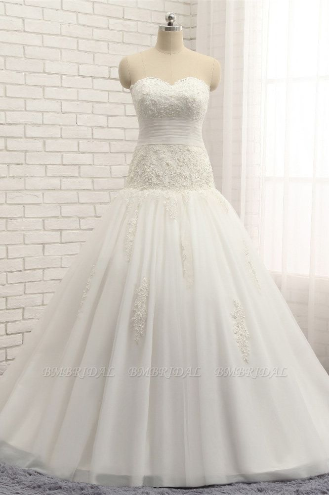 Glamorous Strapless Tulle Lace Wedding Dress Sweetheart Sleeveless Bridal Gowns with Appliques On Sale