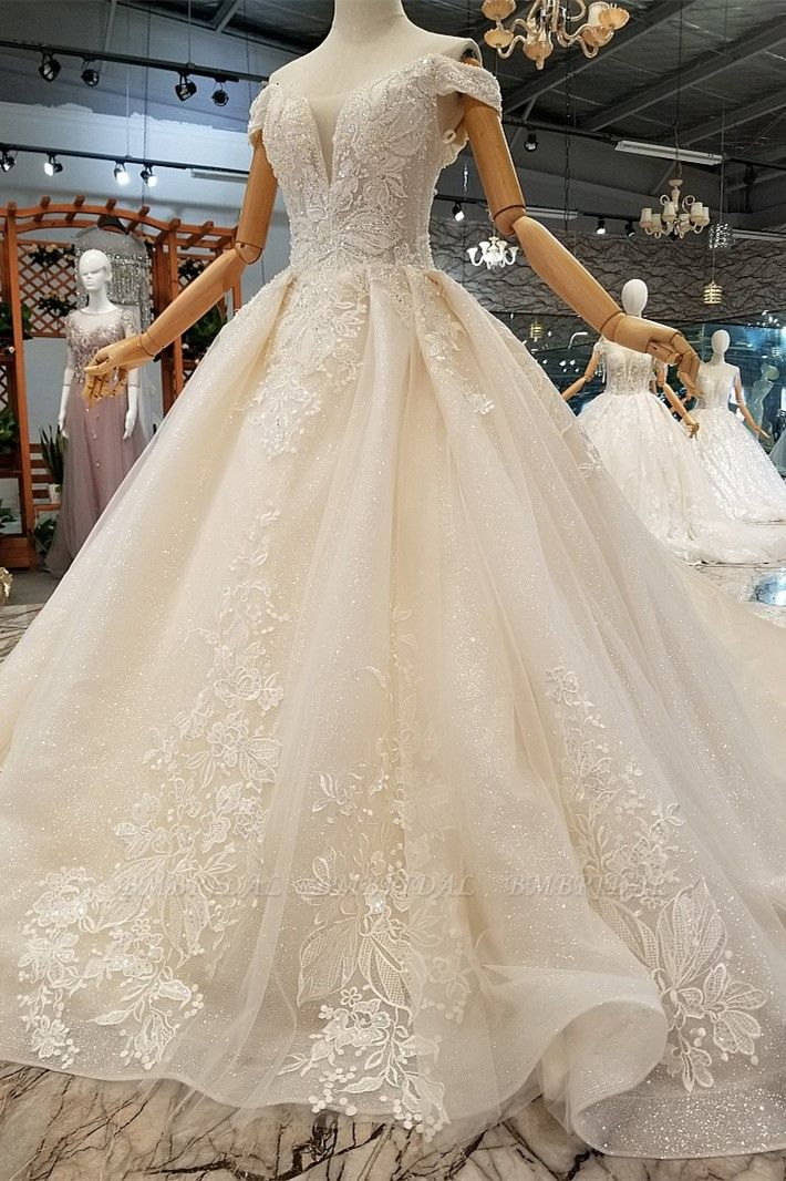 Elegant Off-the-shoulder White A-line Wedding Dresses Tulle Ruffles Bridal Gowns With Appliques Online