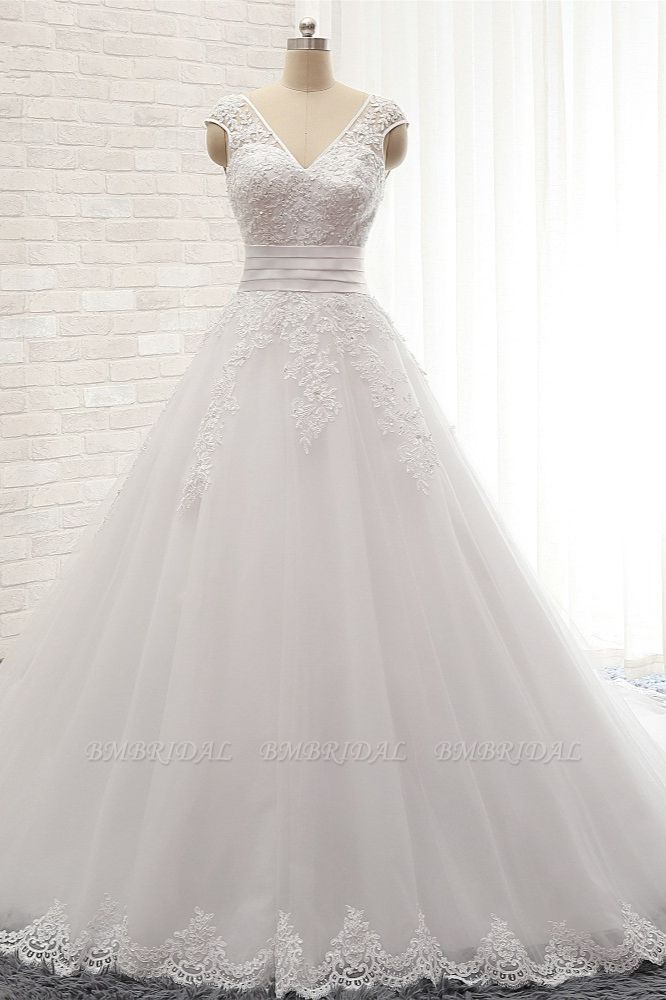 Affordable V-Neck Tulle Lace Wedding Dress A-Line Sleeveless Appliques Bridal Gowns with Beadings Online