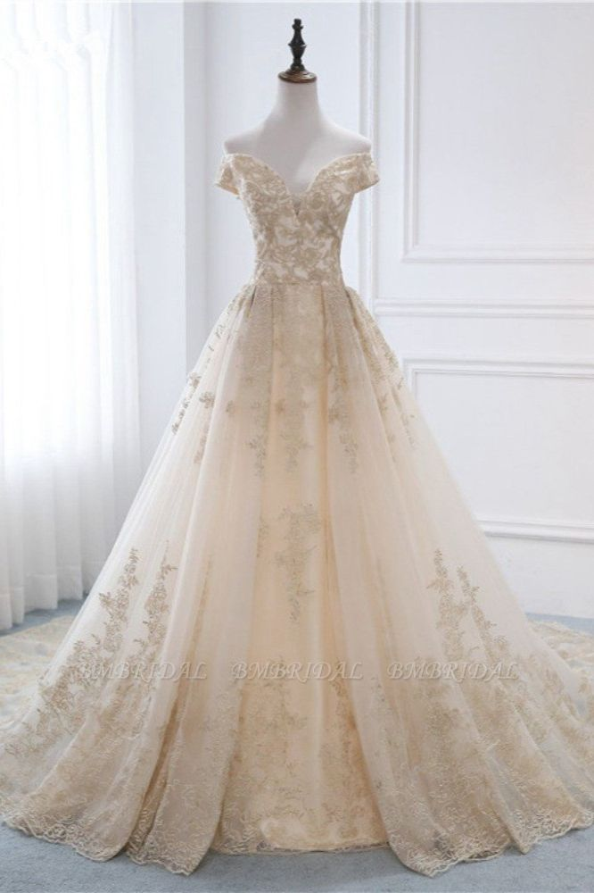 Gorgeous V-Neck Sleeveless Tulle Wedding Dress Champagne Appliques Bridal Gowns Online