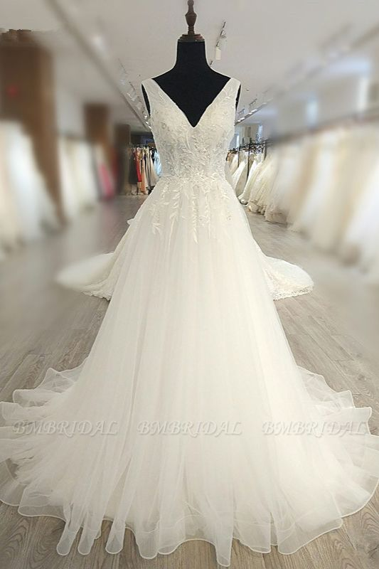 BMbridal Glamorous White Tulle Lace Wedding Dress V-Neck Sleeveless Appliques Bridal Gowns On Sale