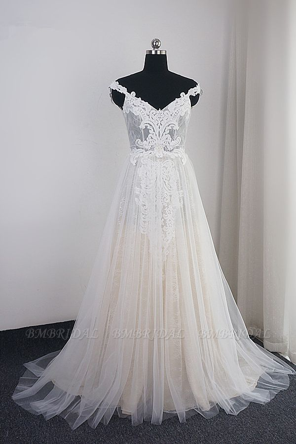 Chic Tulle Lace White V-neck Wedding Dress Appliques Sleeveless Ruffle Bridal Gowns On Sale