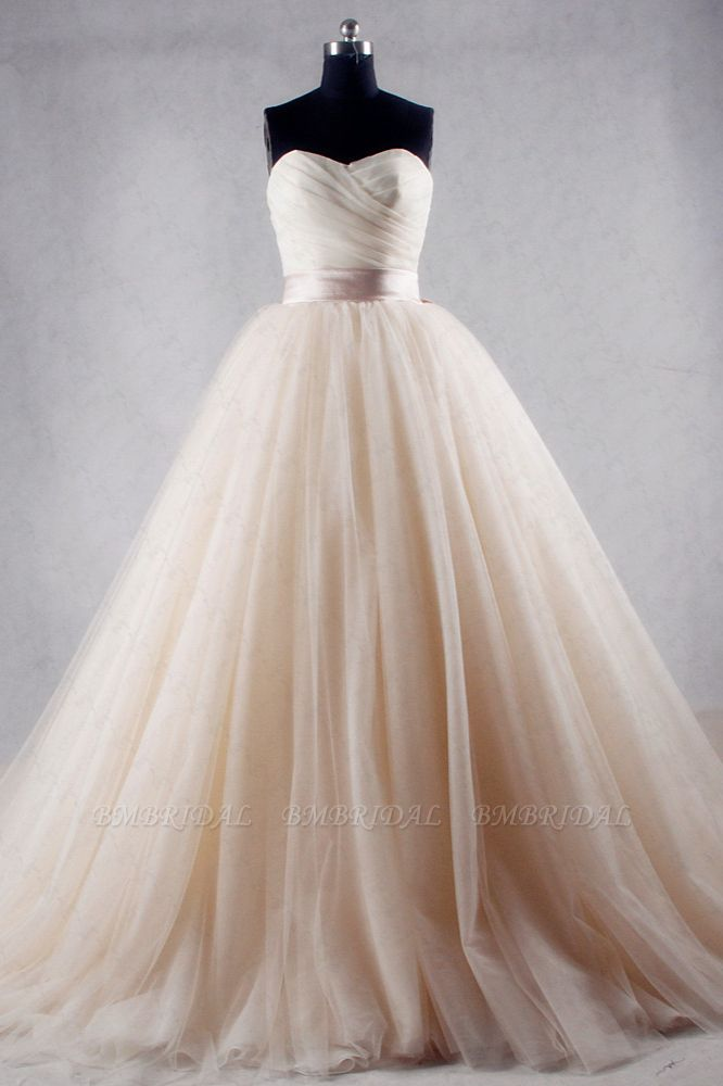 BMbridal Ball Gown Strapless Sweetheart Tulle Wedding Dress Sweetheart Sleeveless Ruffles Bridal Gowns Online