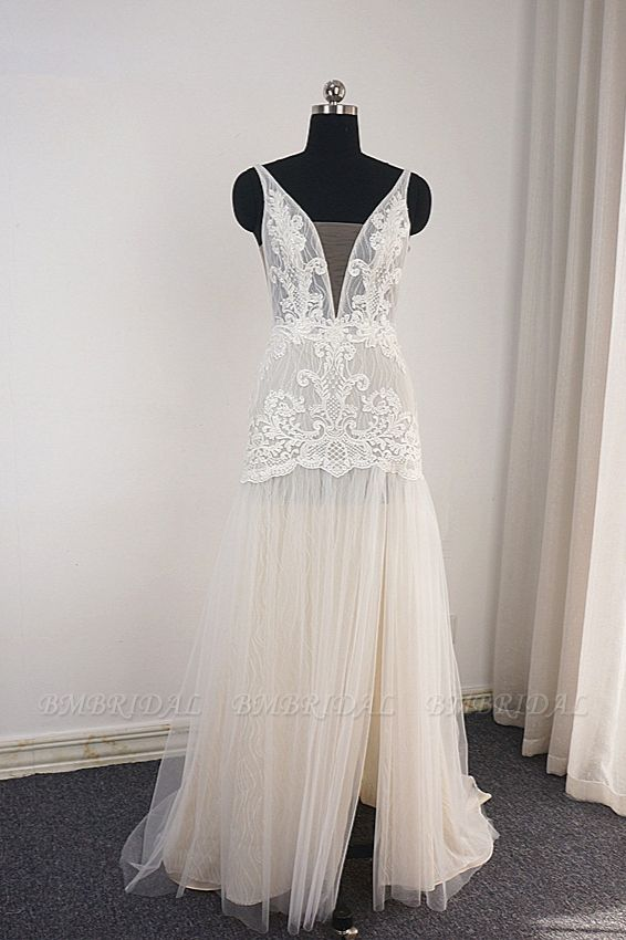 Sexy Straps Deep-V-Neck Tulle Appliques Wedding Dress Sleeveless Ruffles Lace Bridal Gowns Online