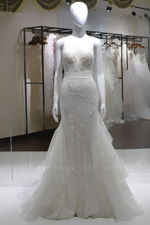 Sexy Spaghetti-Straps Tulle Wedding Dress V-Neck Sleeveless Appliques Beading Bridal Gowns On Sale