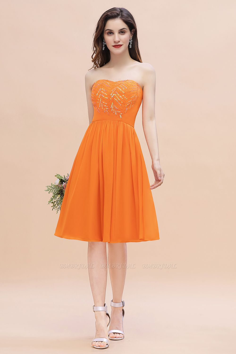 BMbridal Pretty Strapless Sweetheart Chiffon Sequins Short Bridesmaid Dress with Ruffles