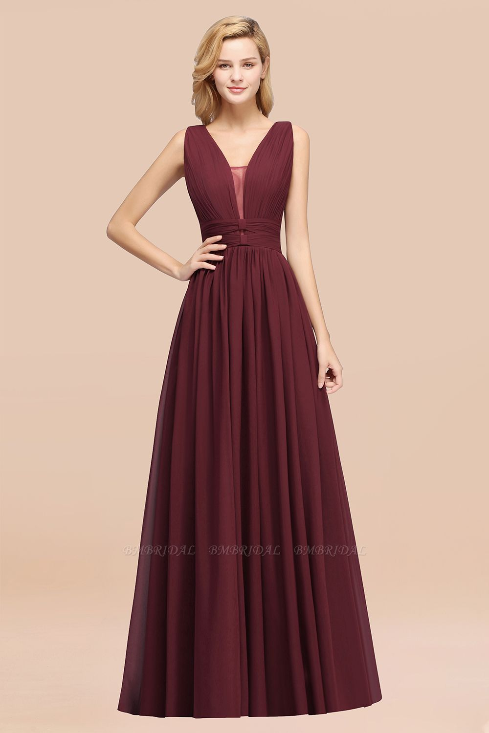BMbridal Modest Dark Green Long Bridesmaid Dress Deep V-Neck Chiffon Maid of Honor Dress