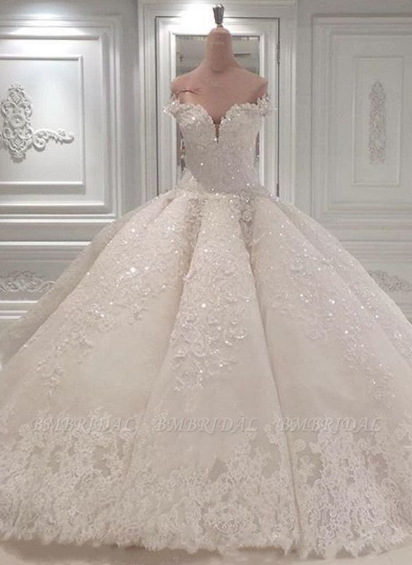Glamoeous A-line White Lace Wedding Dresses With Appliques Off-the-shoulder Ruffles Bridal Gowns Online