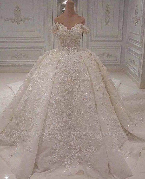 Gorgeous A-line Off-the-shoulder White Wedding Dresses V-neck Tulle Lace Bridal Gowns With Appliques Online