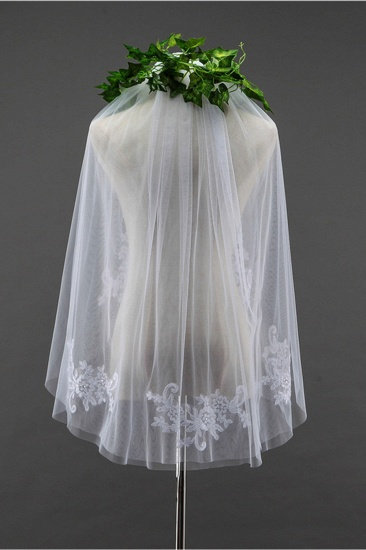 Floral Pretty Tulle Cut Edge Wedding Veil with Appliques Sequined