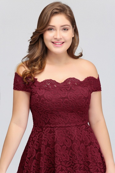 Plus Size Off-the-Shoulder Burgundy Lace Short Bridesmaid Dress Online_9