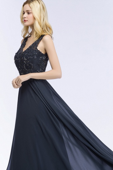 Affordable Lace V-Neck Navy Bridesmaid Dresses With Appliques_5