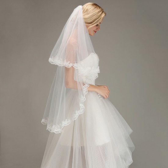BMbridal Two Layers Lace Edge Wedding Veil with Comb Soft Tulle Bridal Veil_5