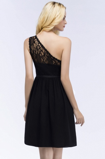 Lovely Lace Black One-shoulder Short Junior Bridesmaid Dresses Online_3