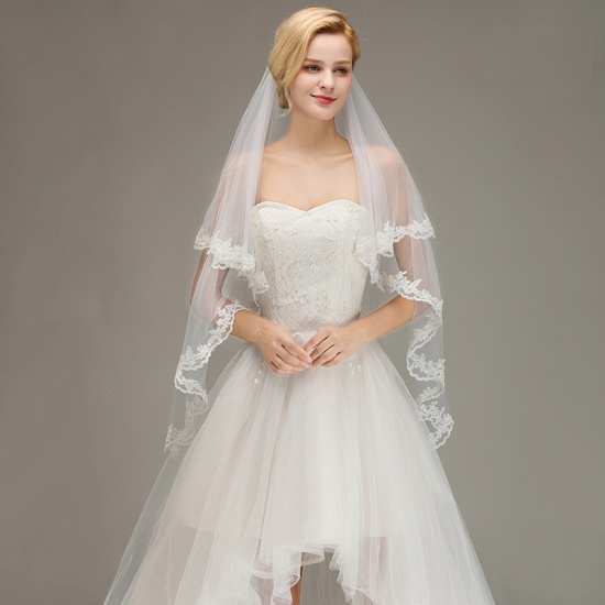 Two Layers Lace Edge Wedding Veil with Comb Soft Tulle Bridal Veil_3