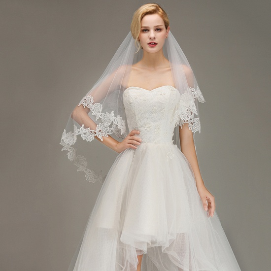 Lace Applique Two Layers Wedding Veils With Comb_3