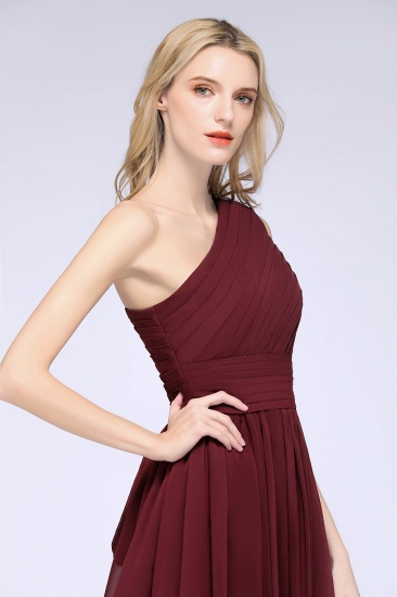 Chiffon One Shoulder Ruffle Short Burgundy Bridesmaid Dresses Online_8