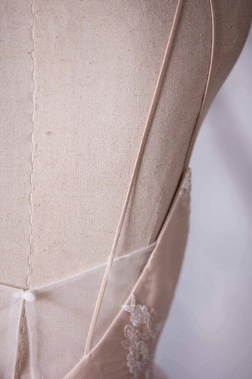 BMbridal Gorgeous A-line Tulle Lace Wedding Dress Spaghetti Straps Ruffles Bridal Gowns Online_6